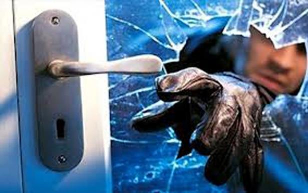 Número de roubos a casas aumenta 68% e preocupa moradores de Leme